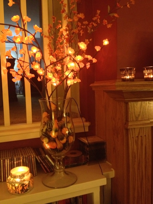 Fall lights add to a warm and cozy atmosphere: I can't resist!